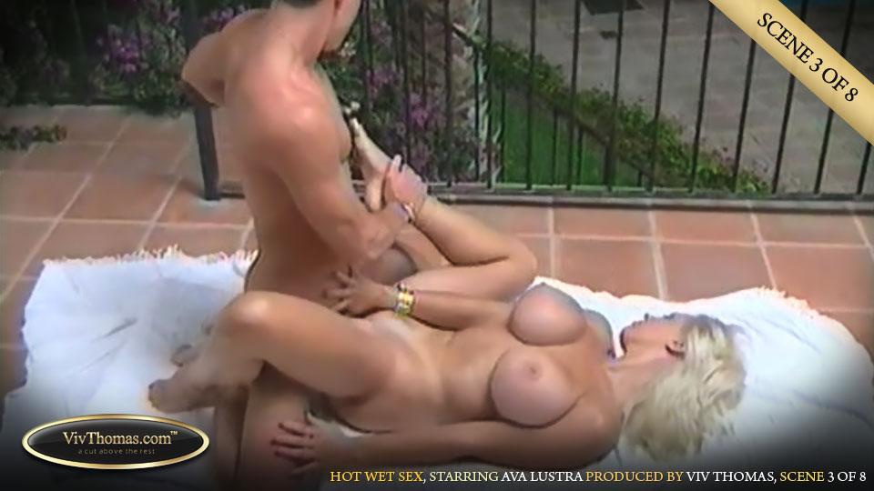 naked curvy thai girll fucking