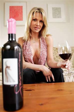 savanna-samson-wine