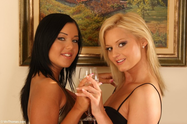 VivThomas_Cocktail-party_Angelica-Heart--Jenny-M_low_0002