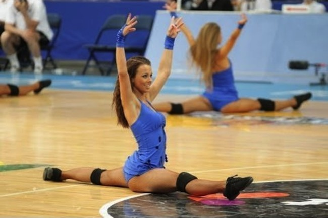 Lithuanian-Cheerleaders