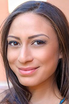 Cassie Del Isla