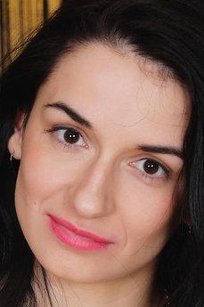 Nicole D